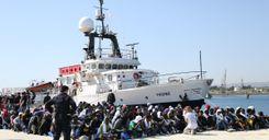 """السويد ستزيد مؤقتاً استقبال لاجئين """"الحصص"""" image"""