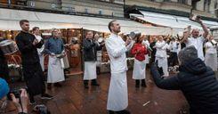 استياء وسخط كبيرين من أصحاب المطاعم في السويد image