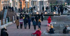 السويديون يغيرون عاداتهم اليومية لحل مشكلة المناخ image