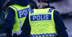 دعوى قضائية ضد اثنين من موظفي الشرطة image