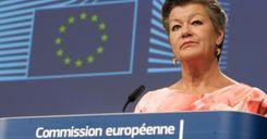 مفوضة الاتحاد الأوروبي: نأمل بالتوصل إلى تسوية حول الهجرة قريباً image