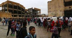 معرض صور في السويد لدعم أطفال سورية image