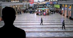"""مهاجر عربي يتعرض للعنف في قلب ستوكهولم على طريقة """"جورج فلويد"""" image"""