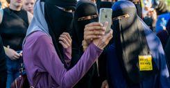 """استفتاء سويسري حول حظر ارتداء النقاب والحكومة تدعو للتصويت بـ""""لا"""" image"""