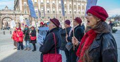 كيف أصبحت السويد أفضل دولة للنساء في العالم؟ image