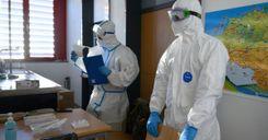 النقابات العمالية وأرباب العمل يطالبون بالتطعيم في مكان العمل image