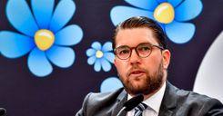 الديمقراطيون السويديون يطالبون بإلغاء تصاريح الإقامة الدائمة image