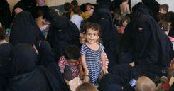 مجموعة نساء من داعش في طريقهن إلى السويد image