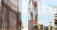 نقابة عمال البناء تهدد في اضراب عن العمل image