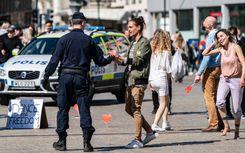 الشرطة السويدية تفرق عدة مظاهرات في مدينة مالمو  image