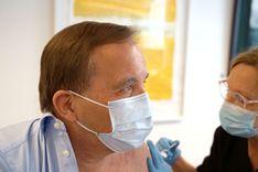ستيفان لوفين تلقى الجرعة الأولى من لقاح كورونا  image