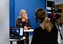 تسهيل القيود لمن حصل على لقاح كورونا في السويد  image