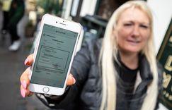 السويد أول من يجرب جواز كورونا في الاتحاد الأوروبي  image