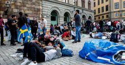 زيادة كبيرة في عدد طالبي اللجوء الذين يغادرون السويد image